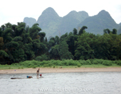 Fishman on Li River